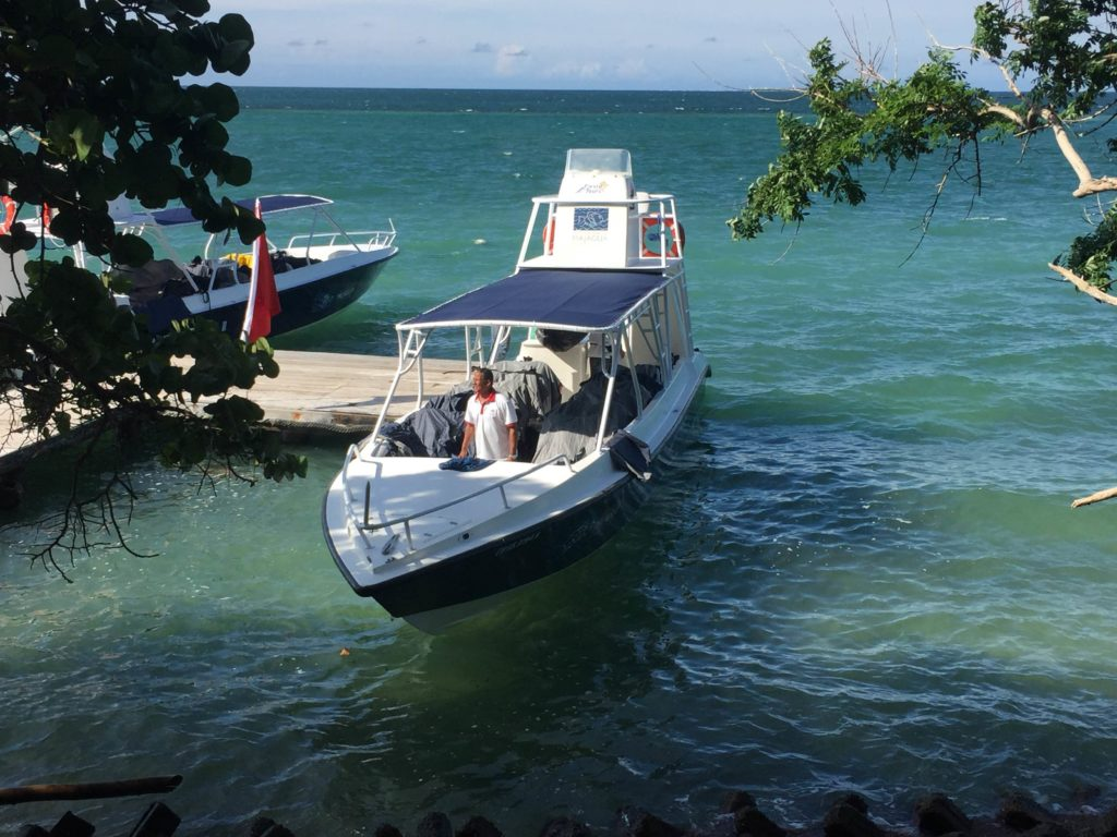 Transportation to and from the Rosario Islands