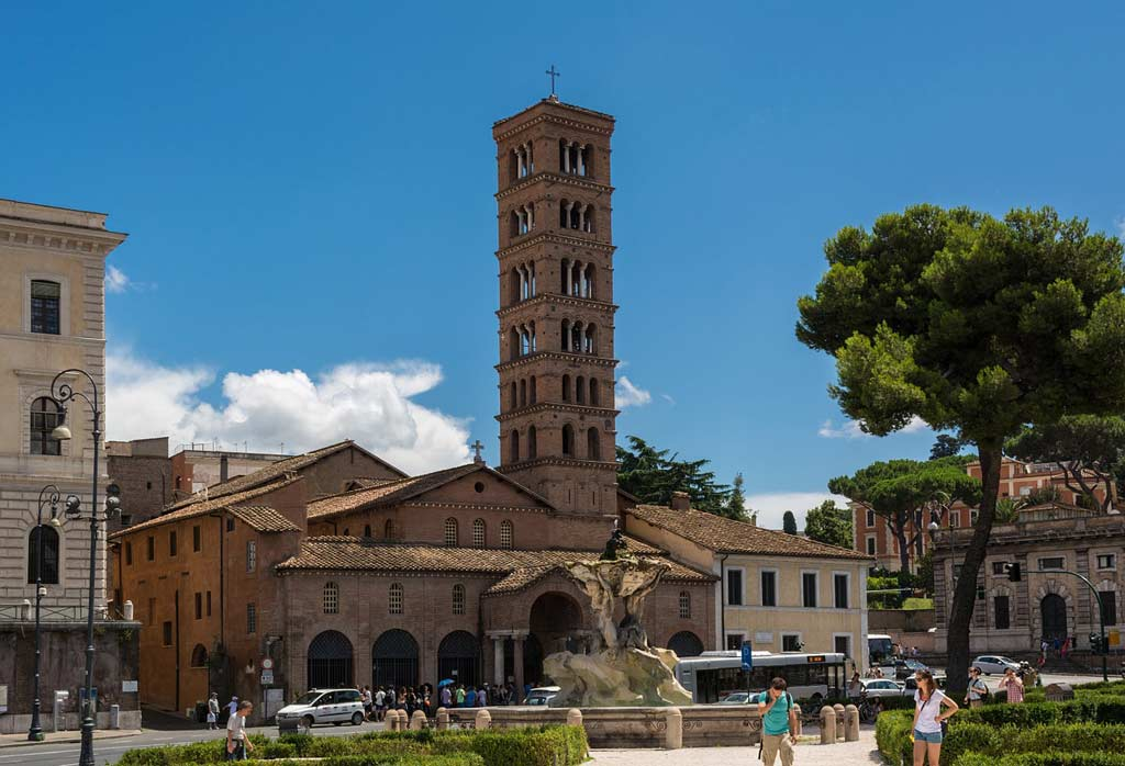 roman churches cosmedin